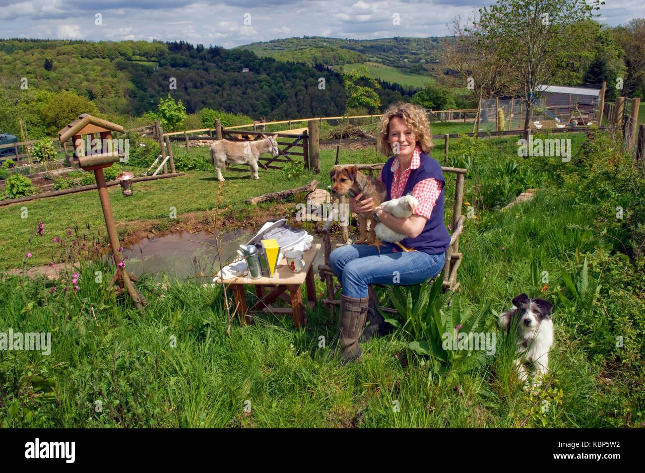 Broadcaster Kate Humble à son domicile dans le Gloucestershire. Photo Stock