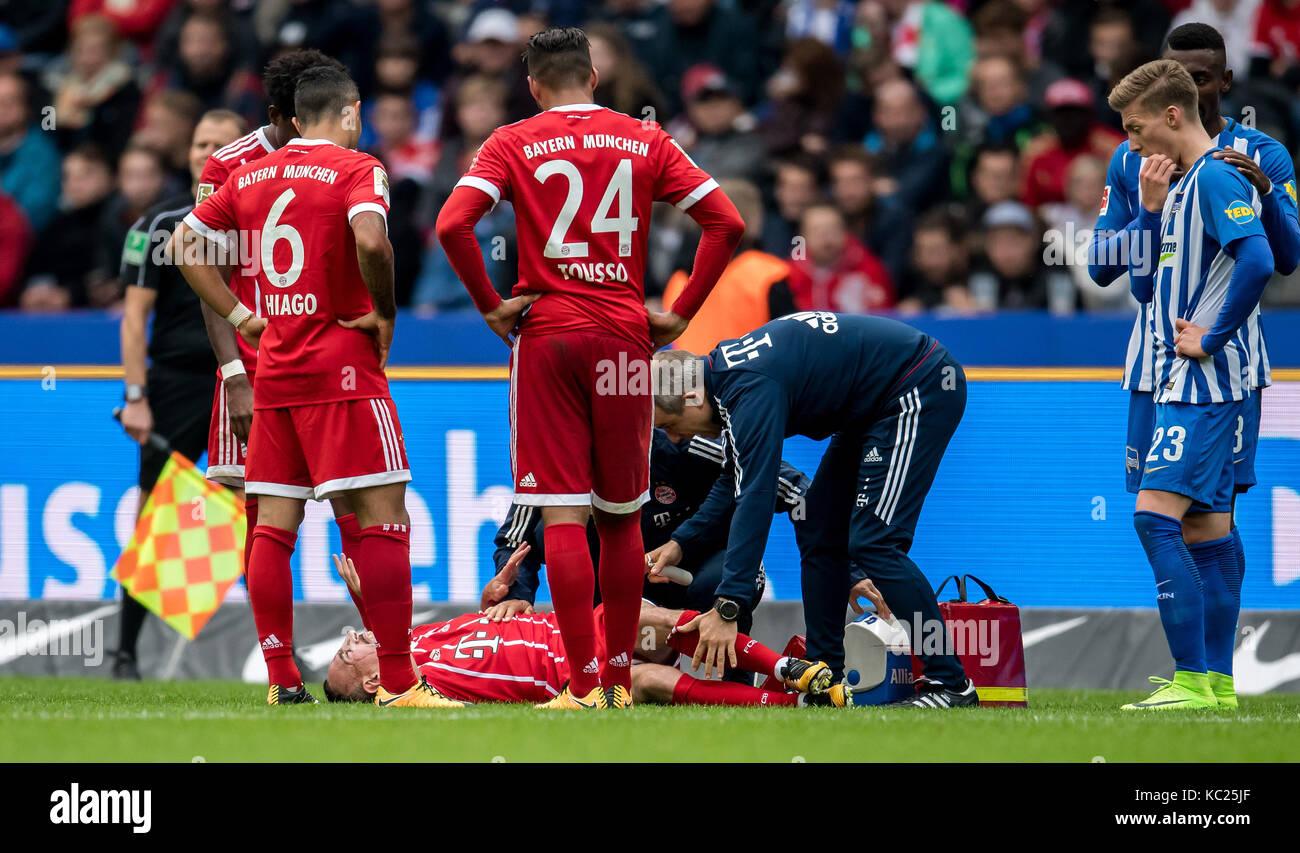 Berlin, Allemagne. 1 octobre, 2017. bayern, Franck Ribéry fait mal au genou sans quiconque impliqué au Photo Stock