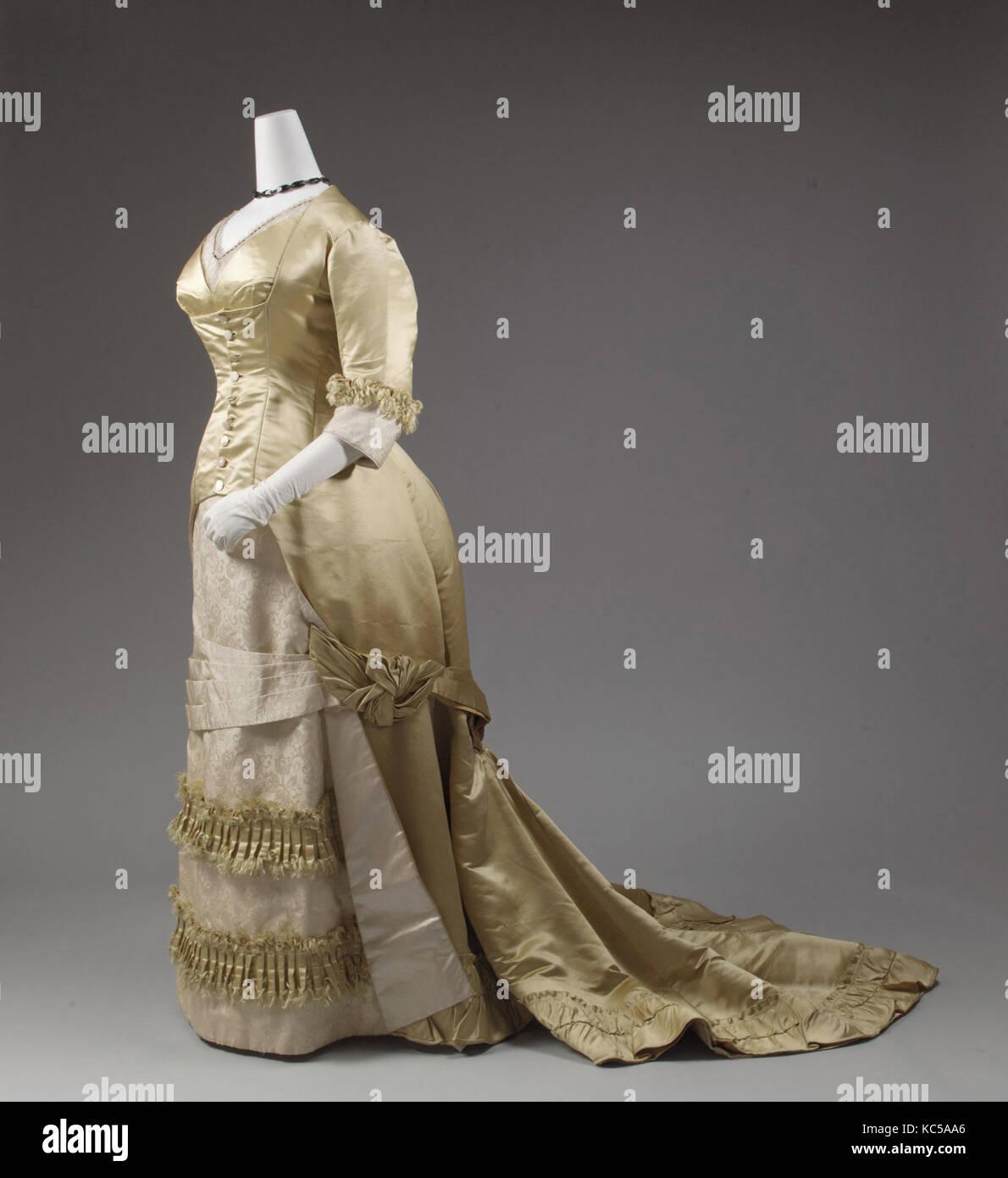 Robe de soirée, 1877-82, Européen, soie, avec couture mécanisée devenir omniprésente, ainsi Photo Stock