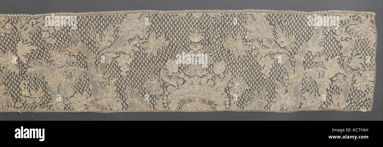 Volant, ca. En 1750, le flamand, Bruxelles, la dentelle, 131 × 12 dans. (332,7 × 30,5 cm), Textiles-Laces Photo Stock