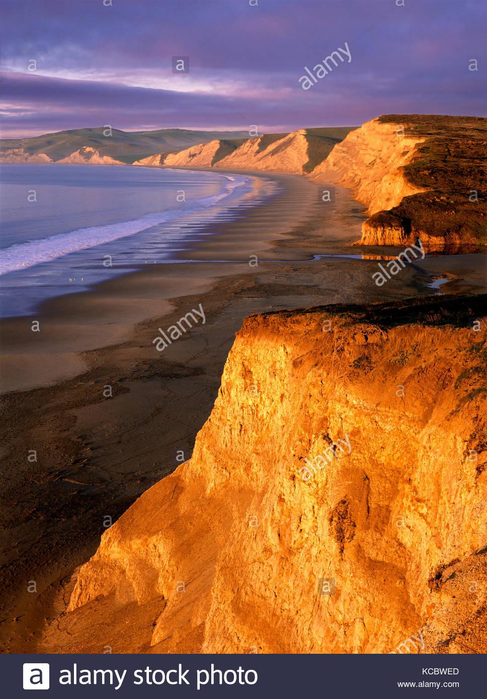 Lever de soleil à la plage de Drakes, Point Reyes National Seashore, Californie Photo Stock