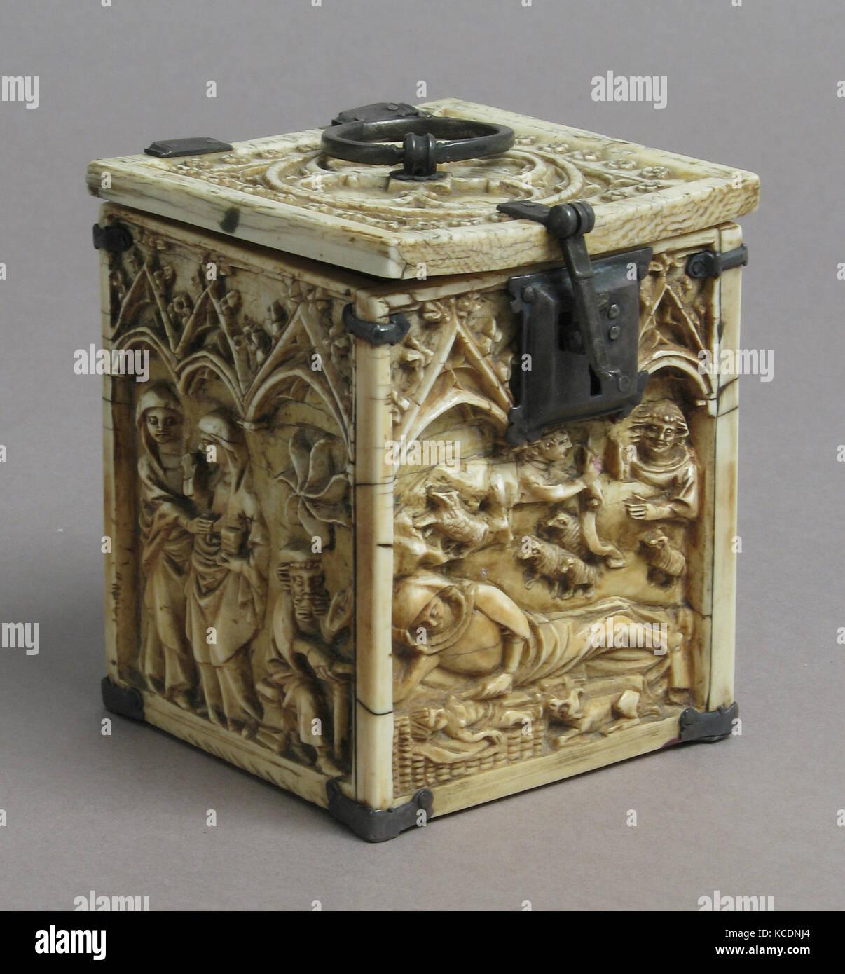 Boîte avec des scènes de l'Enfance du Christ, 14e siècle Photo Stock