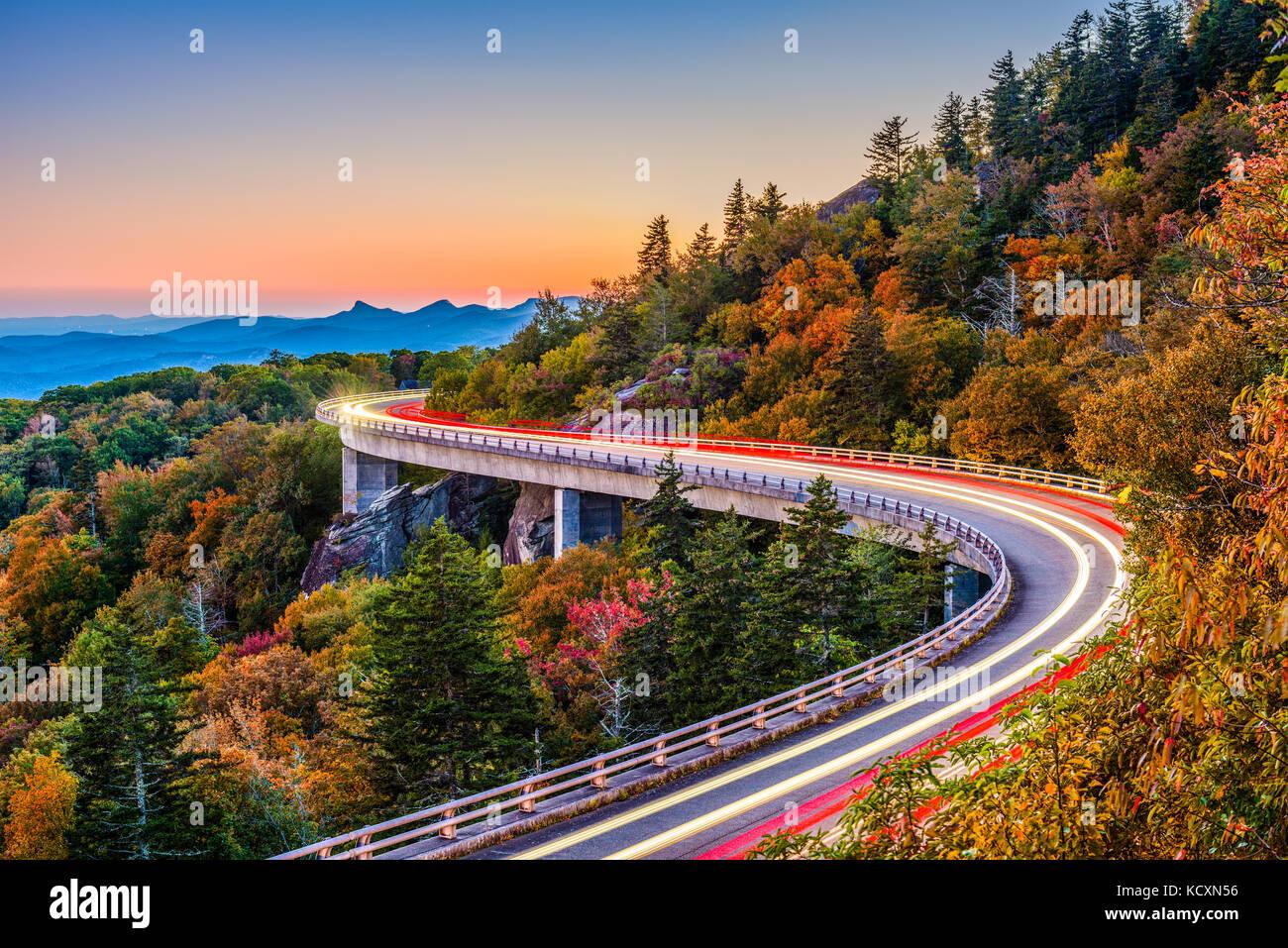 Linn cove viaduc, grandfather mountain, North Carolina, USA. Banque D'Images