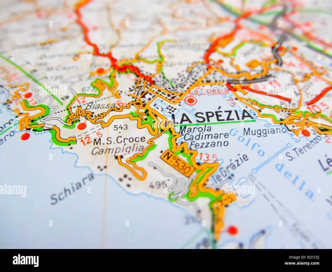 La Spezia Ville Sur Une Carte Routiere Italie Photo Stock Alamy