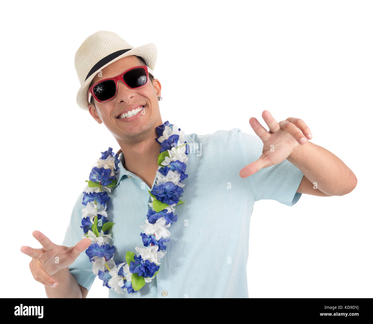L'homme prend avantage de la réjouissance et célèbre carnaval. Le port de lunettes de soleil, Photo Stock