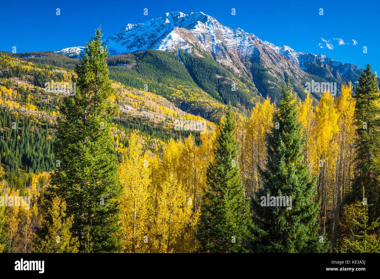 Snowden en crête des montagnes Rocheuses du Colorado Photo Stock