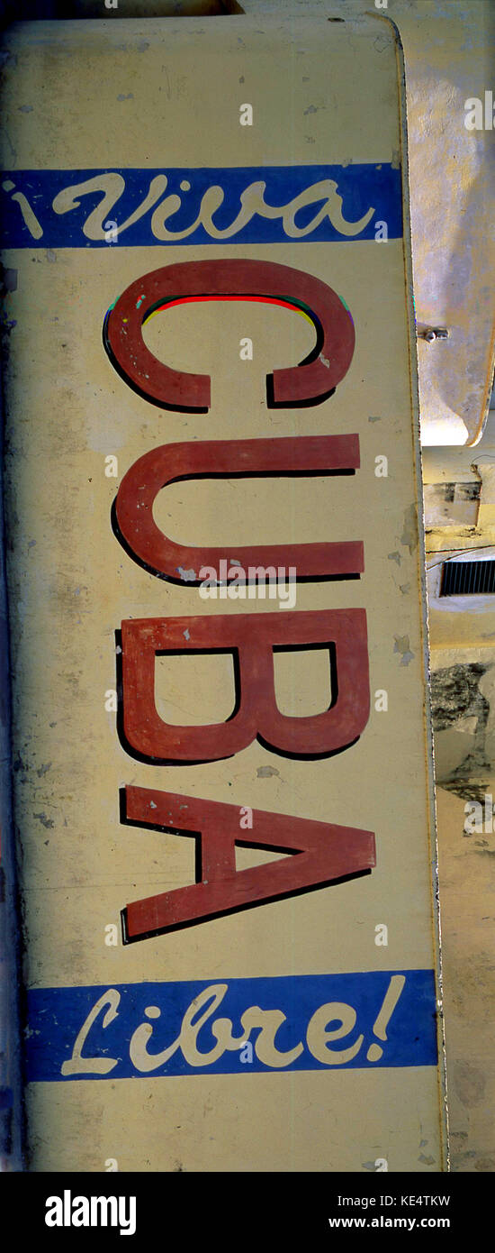 """Inscrivez-cubain, avec le slogan: """"viva Cuba Libre"""", signifiant littéralement """"Vive Cuba Photo Stock"""