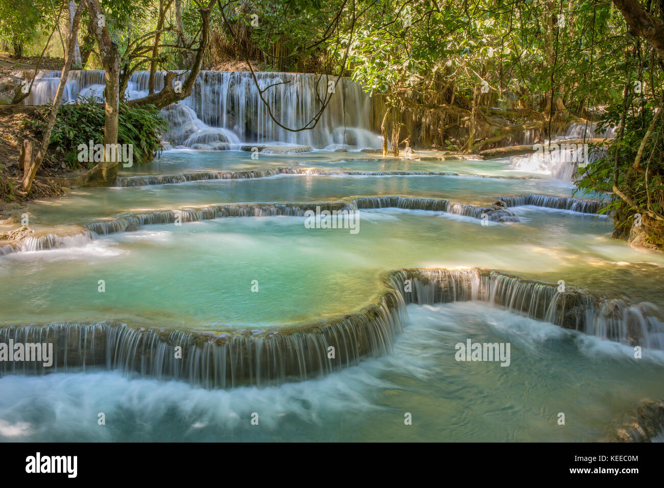 Cascades de Kuang Si, Luang phrabang, Laos. Photo Stock