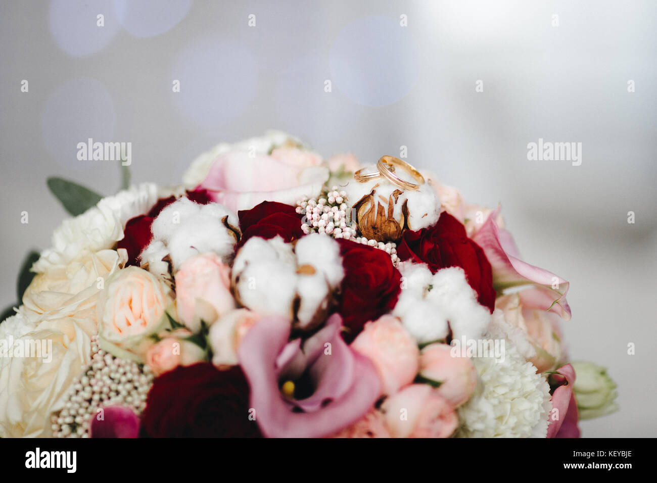 Pink Wedding Bouquet Photos Pink Wedding Bouquet Images Alamy