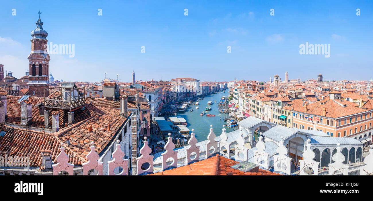 Venise Italie Venise Vue Panoramique vue aérienne du grand canal venise toits toits de Venise de l'Fontaco Photo Stock