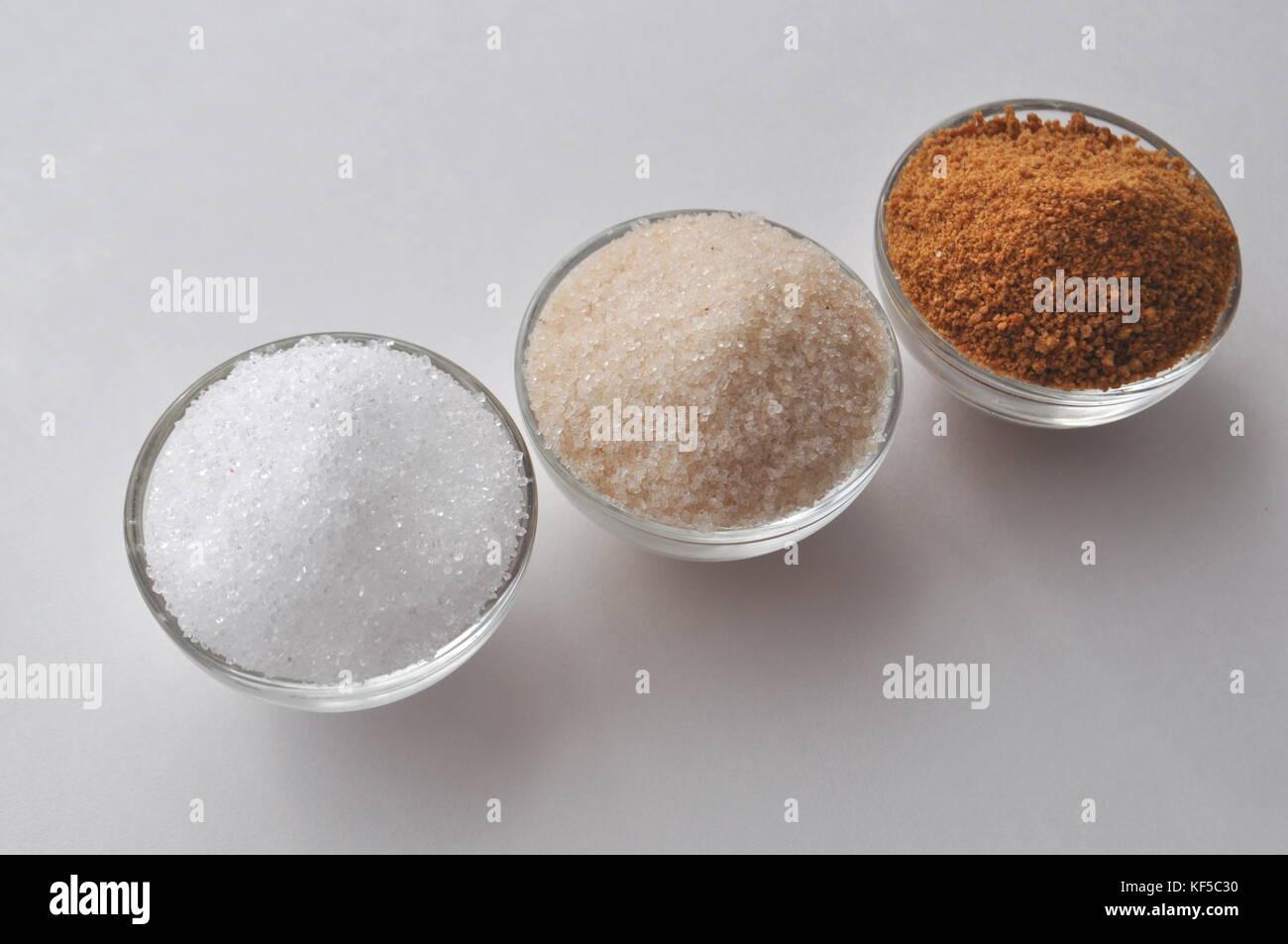Édulcorants alternatifs et succédanés de sucre - sucre coco bud, le xylitol, sucre de canne, le sirop Photo Stock
