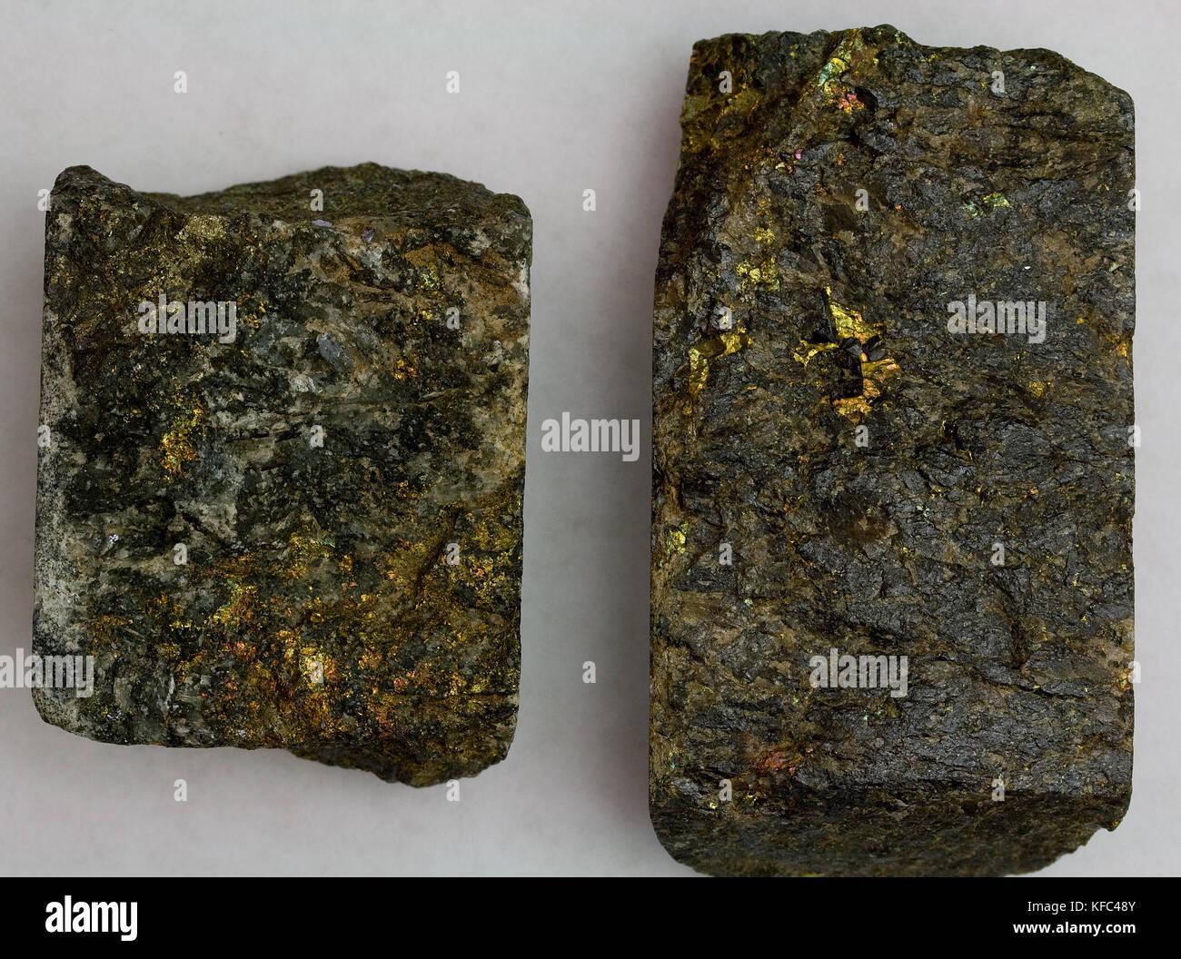 L'or de qualité supérieure des échantillons de minerai le désert de Mojave, Californie, USA Banque D'Images