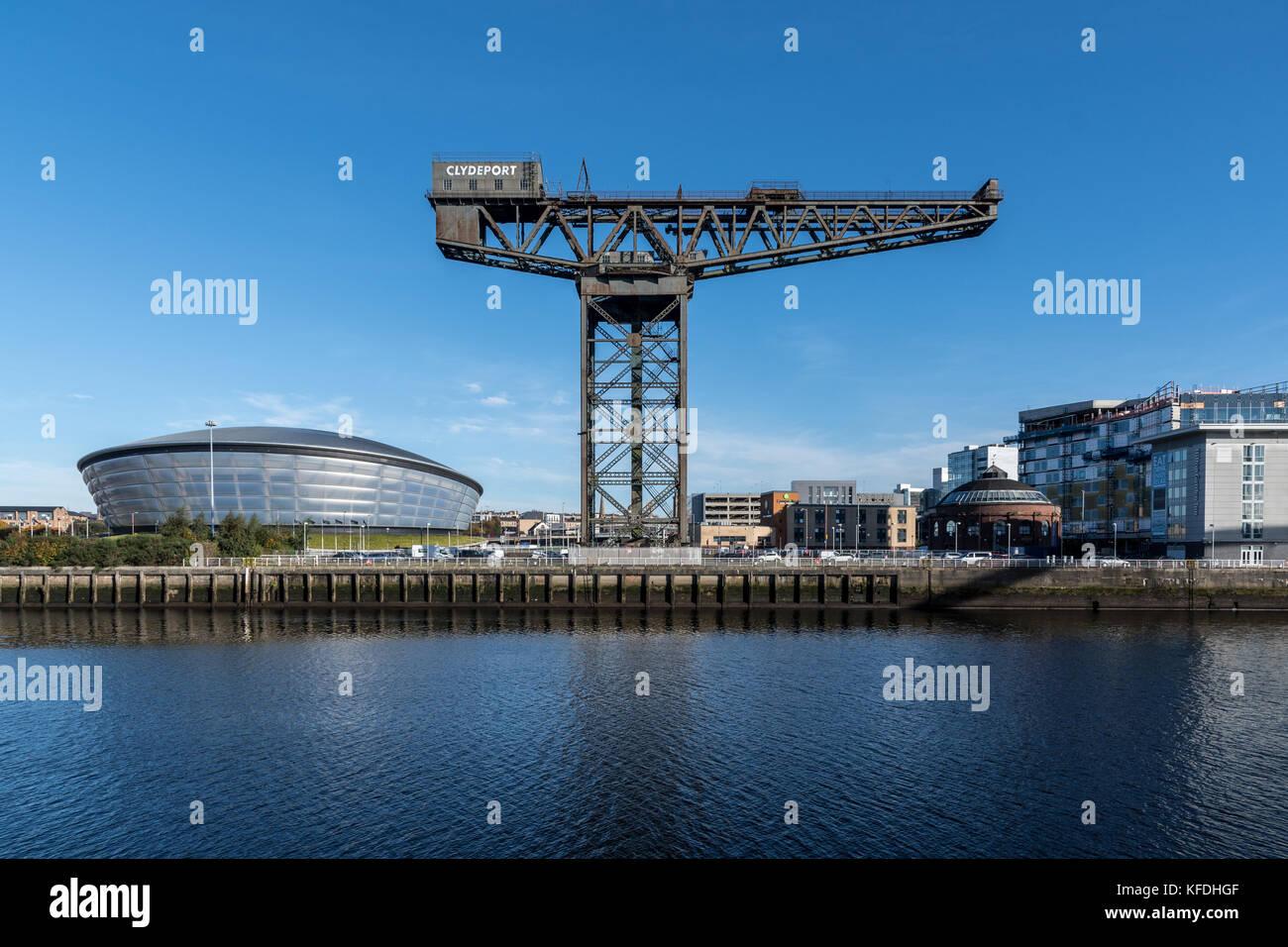 Une vue sur la rivière Clyde de la sse hydro, Clyde Auditorium, finnieston crane et Hilton Garden Inn - Glasgow Banque D'Images