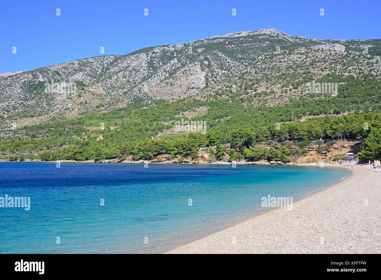 Plage de sable par la cape d'or de bol, mer Adriatique, mer méditerranée, bol, île de Brac, Dalmatie, Photo Stock
