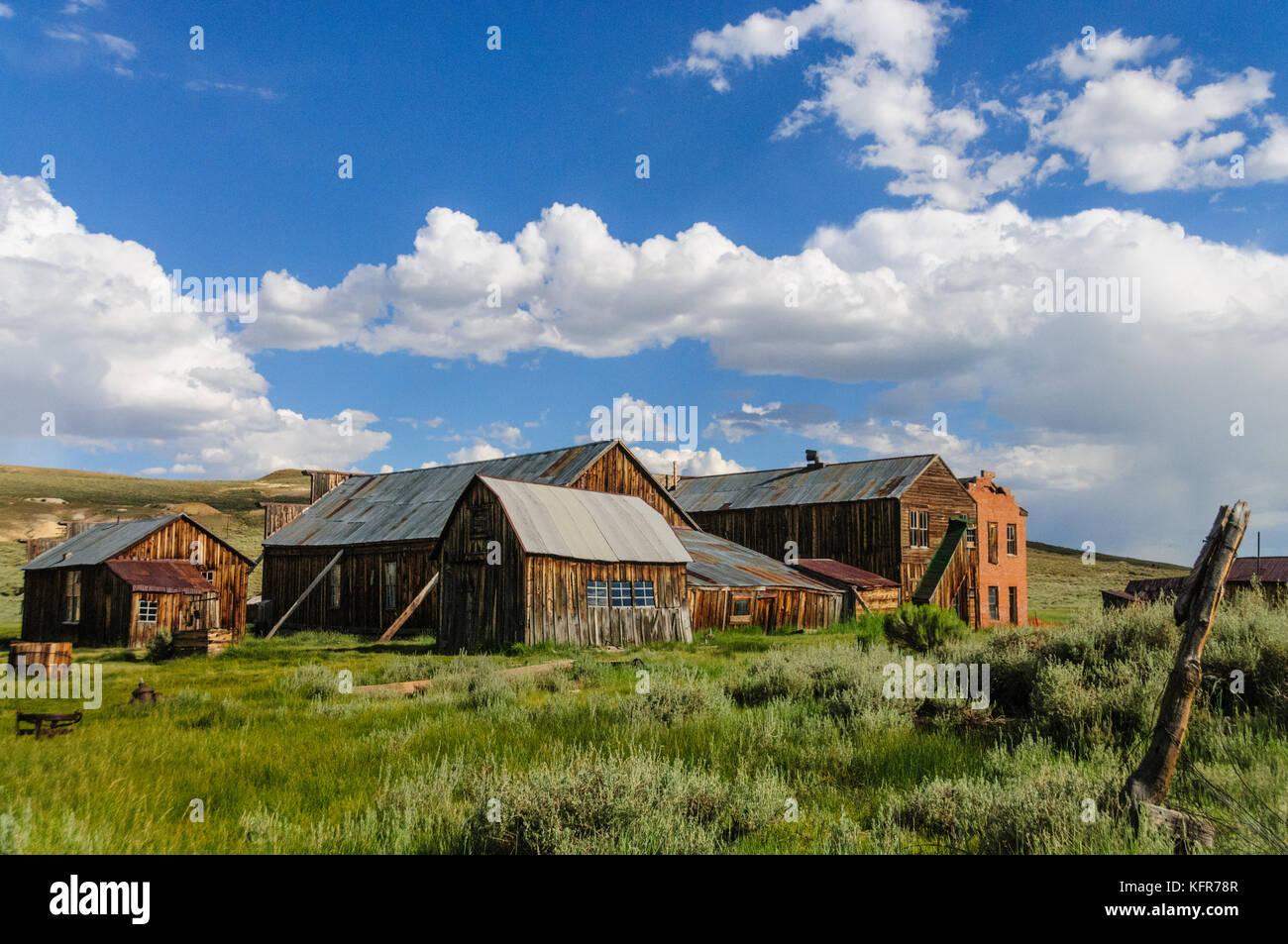 Maisons en ruine dans une ville fantôme américaine Photo Stock