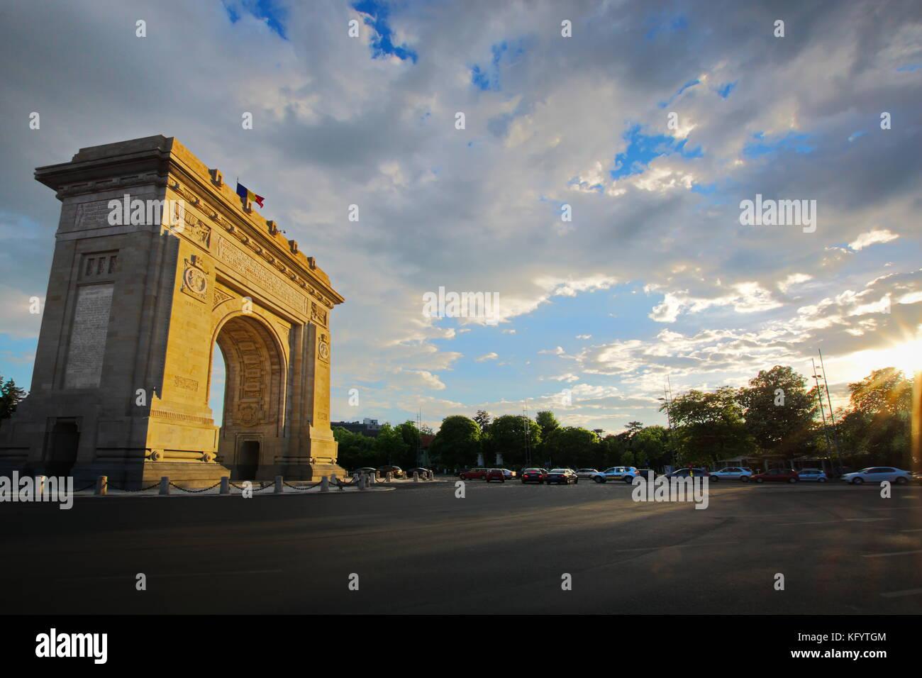 Arcul de Triumf arc de triomphe Bucharest Roumanie Photo Stock