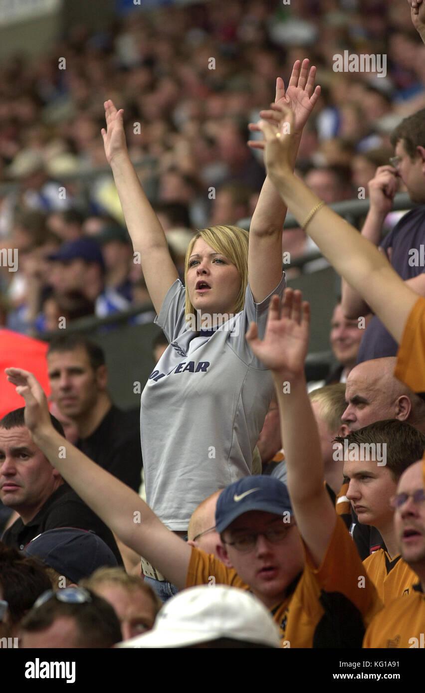 Supporter de football féminin Août 2003 Photo Stock