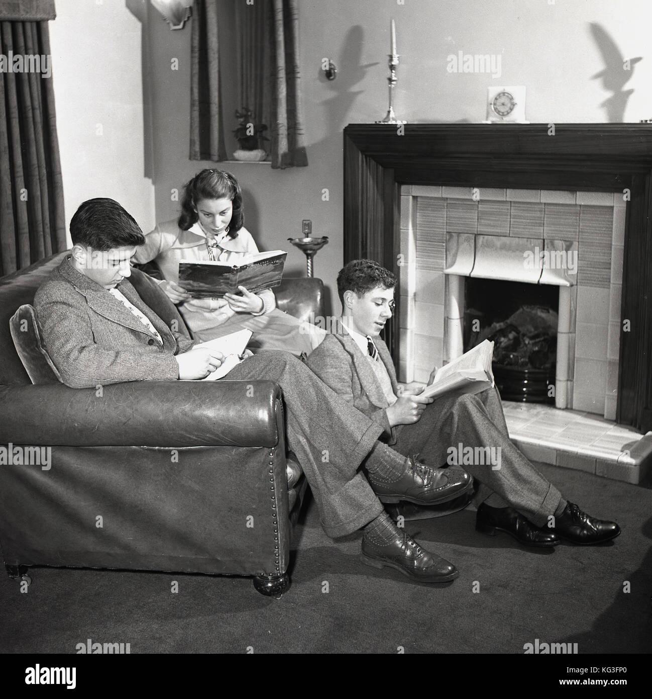 Chambre De Jeune Adulte années 1950, tableau historique des trois jeunes adultes