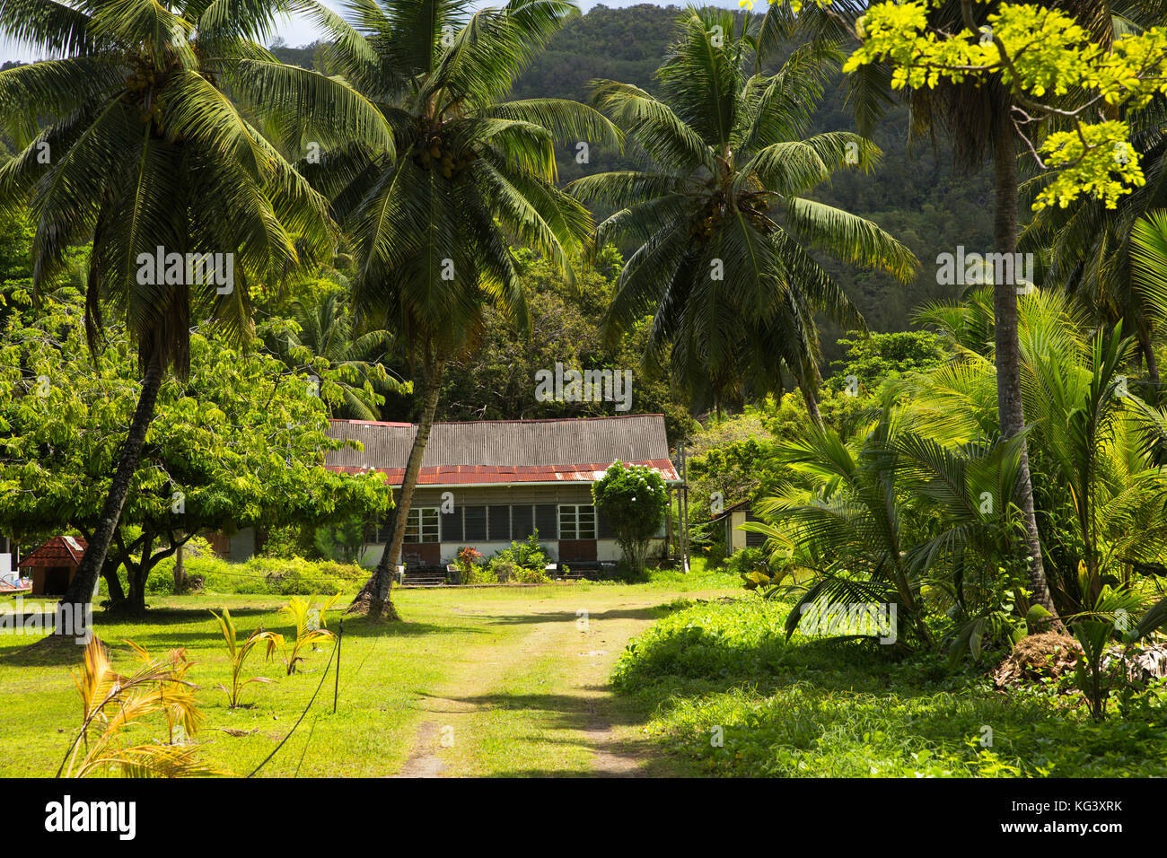 Les Seychelles Praslin Grand Anse Tole Ondulee Traditionnelle