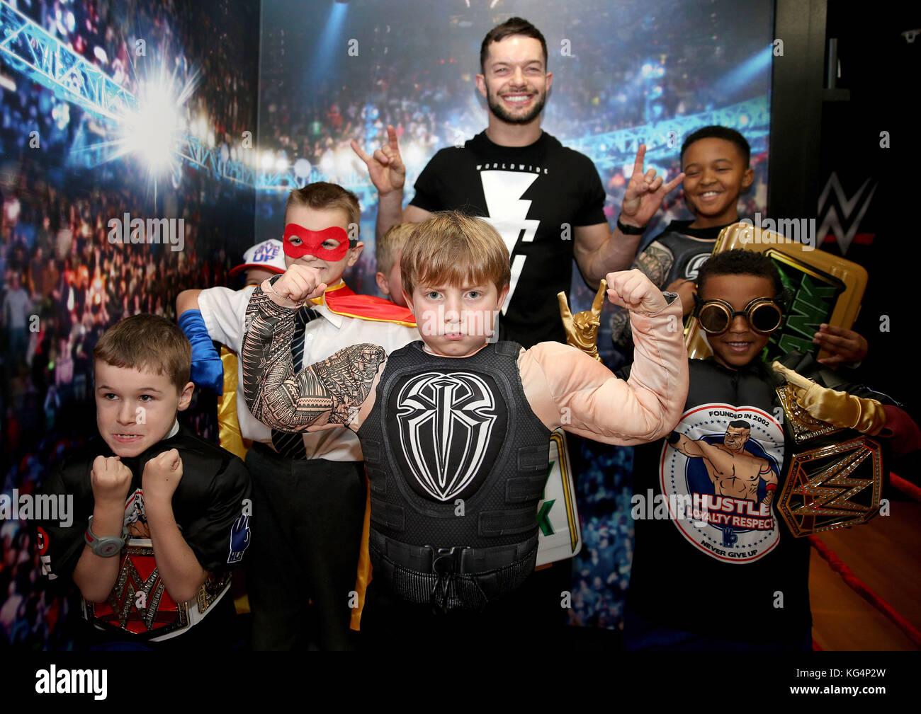 WWE fans de rencontres site site de rencontre de Salisbury
