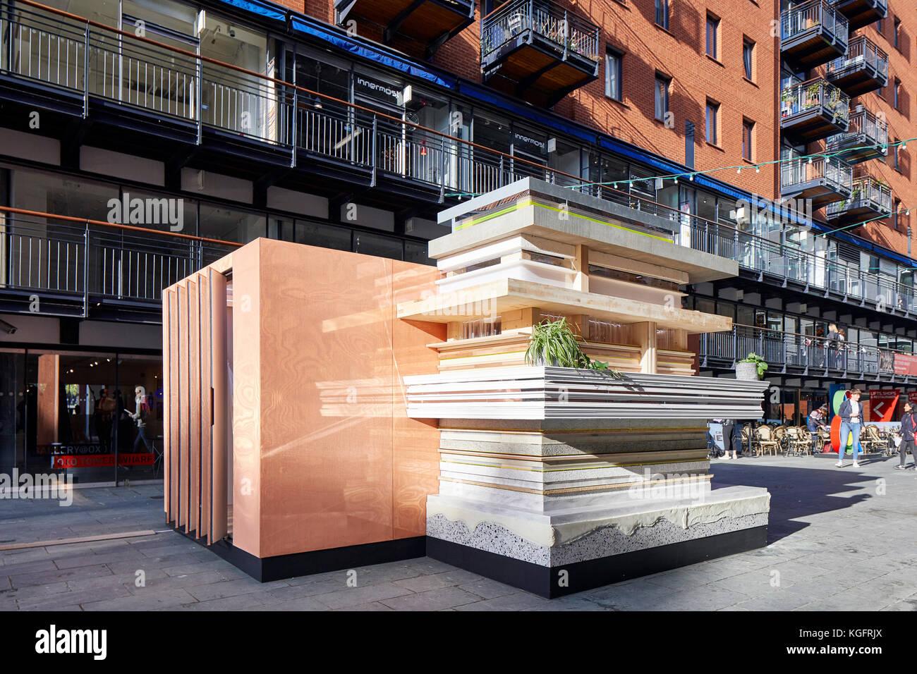 pavillon avec street contexte. la pile - mini cabine urbain vivant