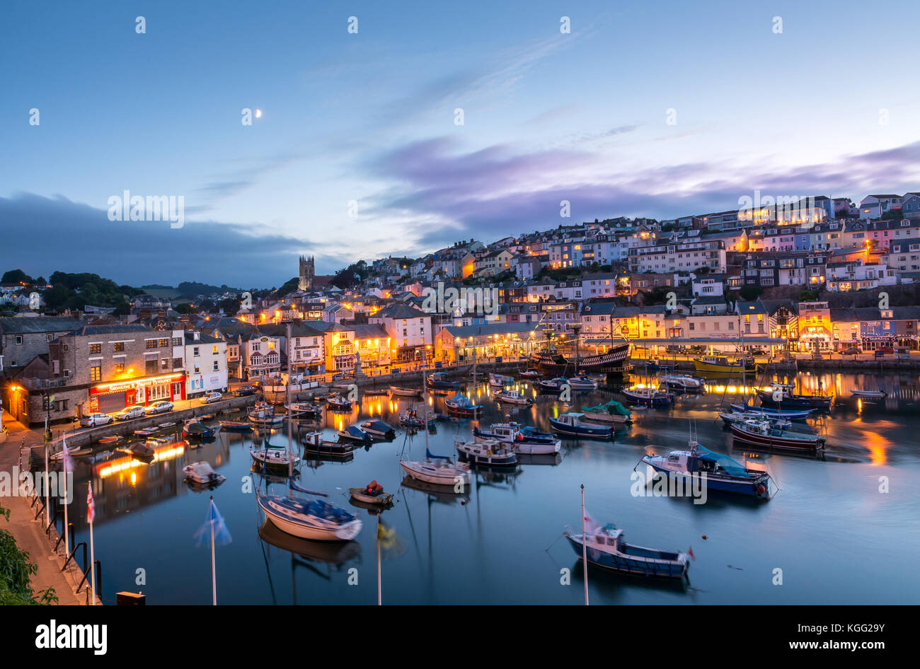 Brixham au crépuscule. Photo Stock