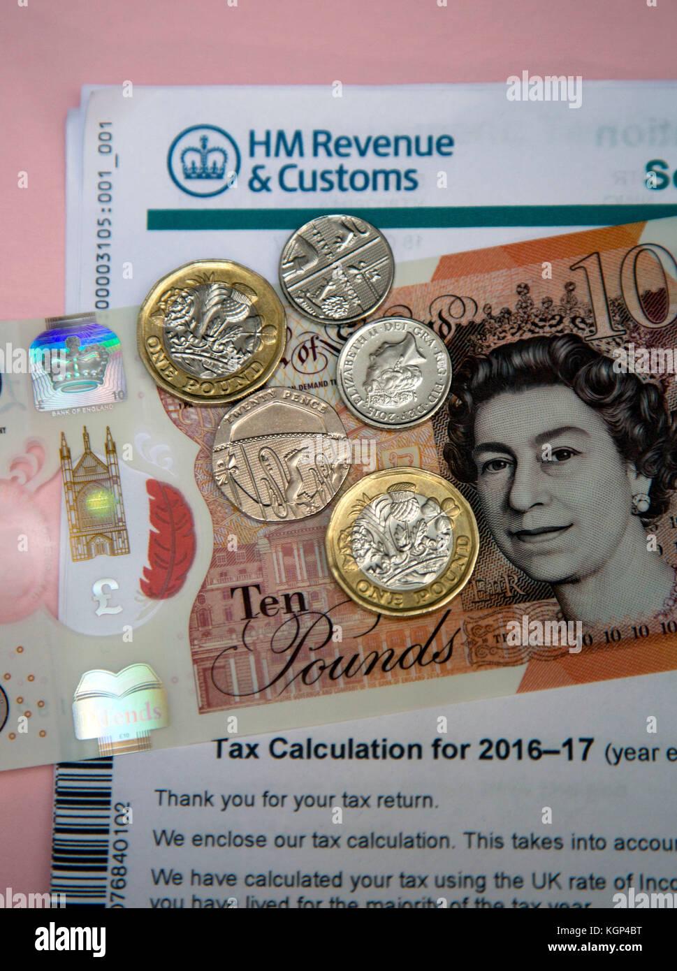 La demande d'impôt sur le revenu à partir de HM Revenue & Customs, Londres Banque D'Images