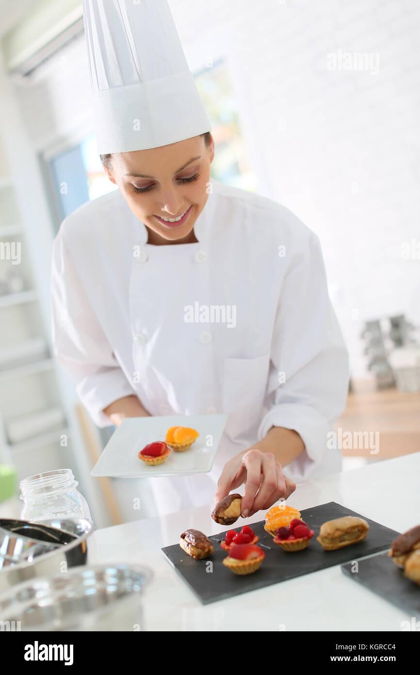 Pâtisserie préparation de gâteau plaque cuisson bites Photo Stock