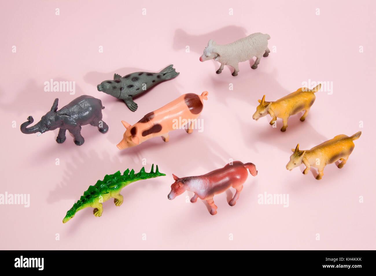 Animaux En Plastique Jouet figurine en plastique différents animaux jouets comme un
