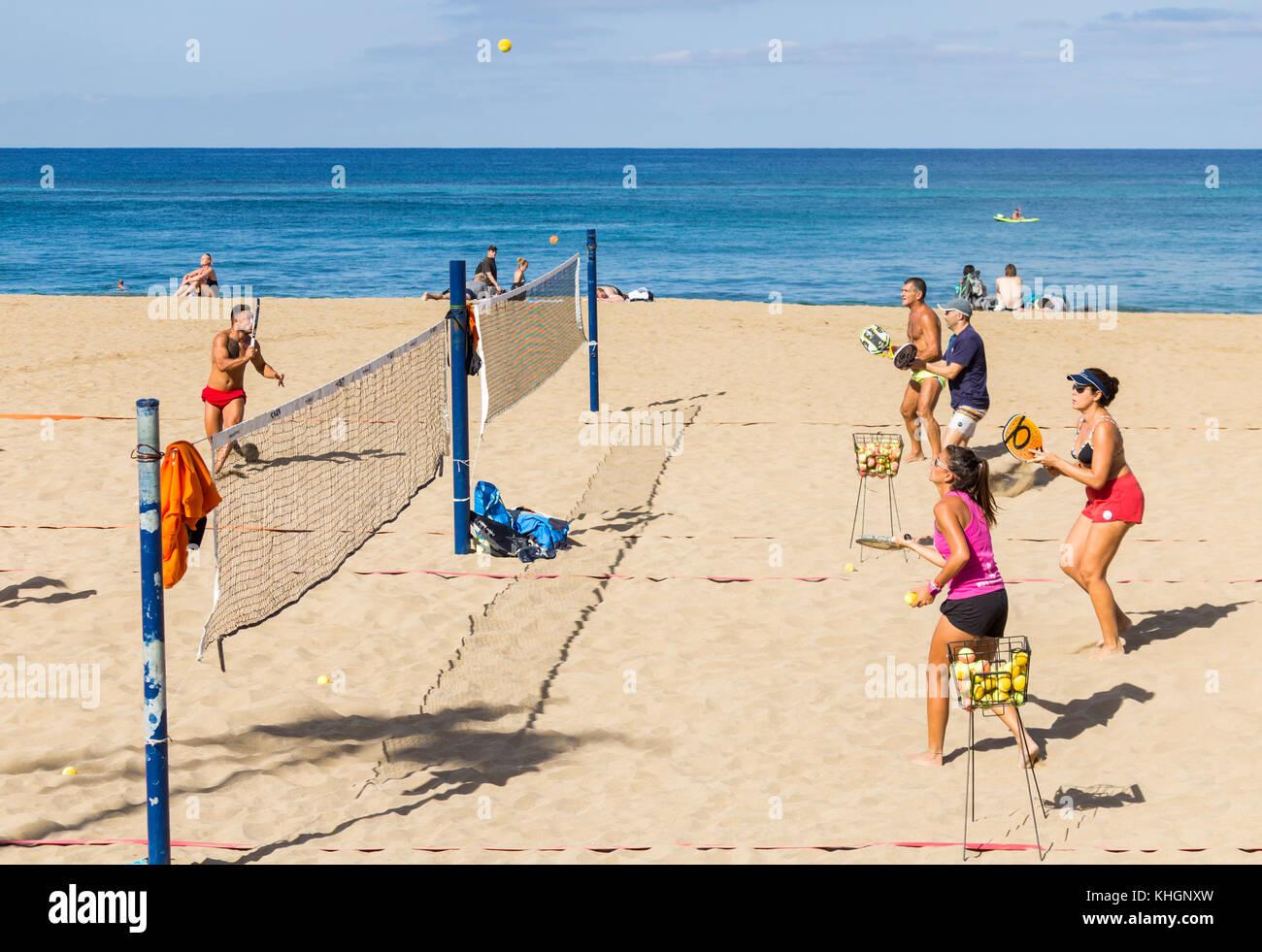 4eae372e7 L école de Beach Tennis sur la plage de Las Canteras
