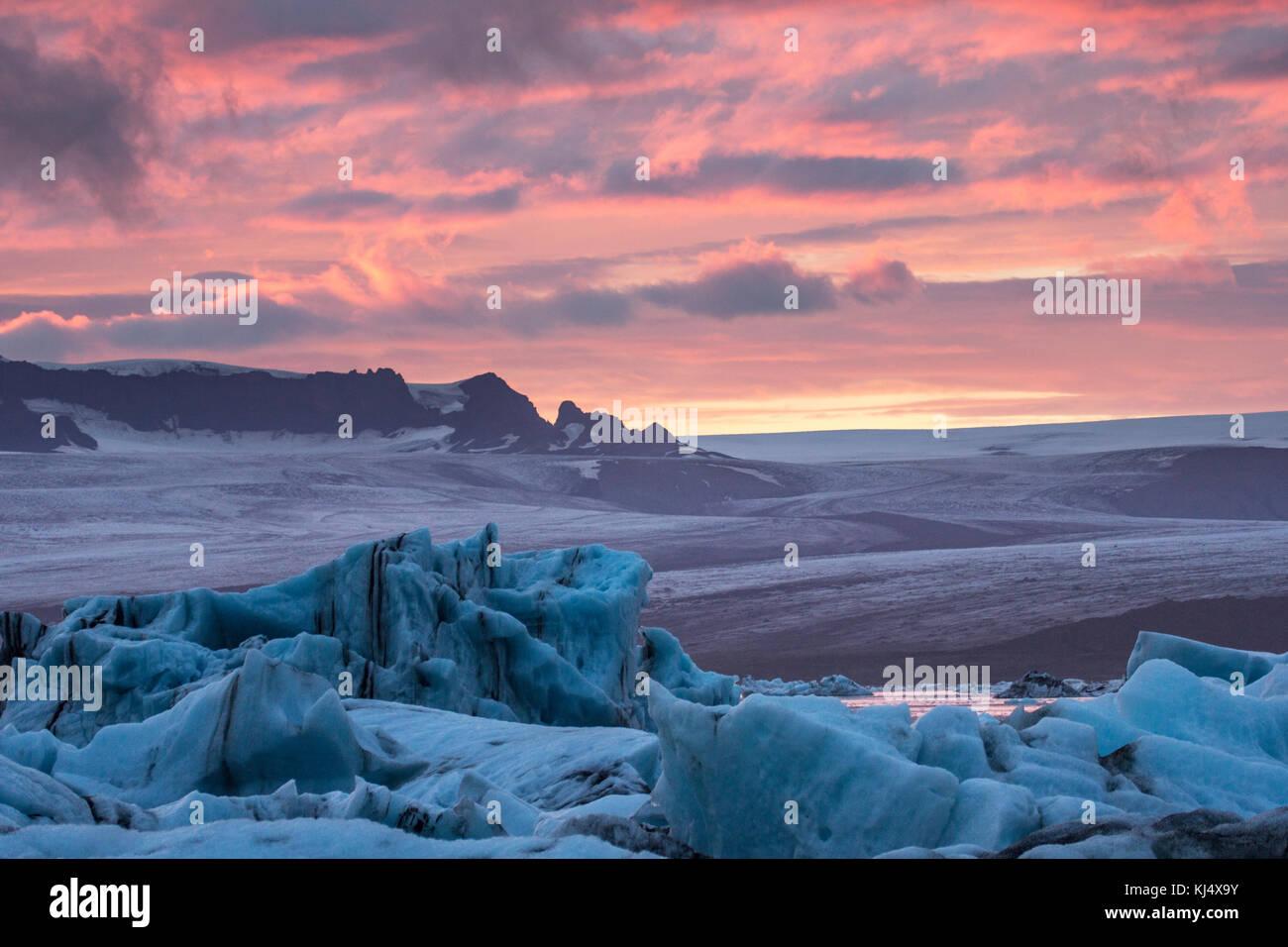 Lagune glaciaire sur la côte sud-est de l'Islande Photo Stock