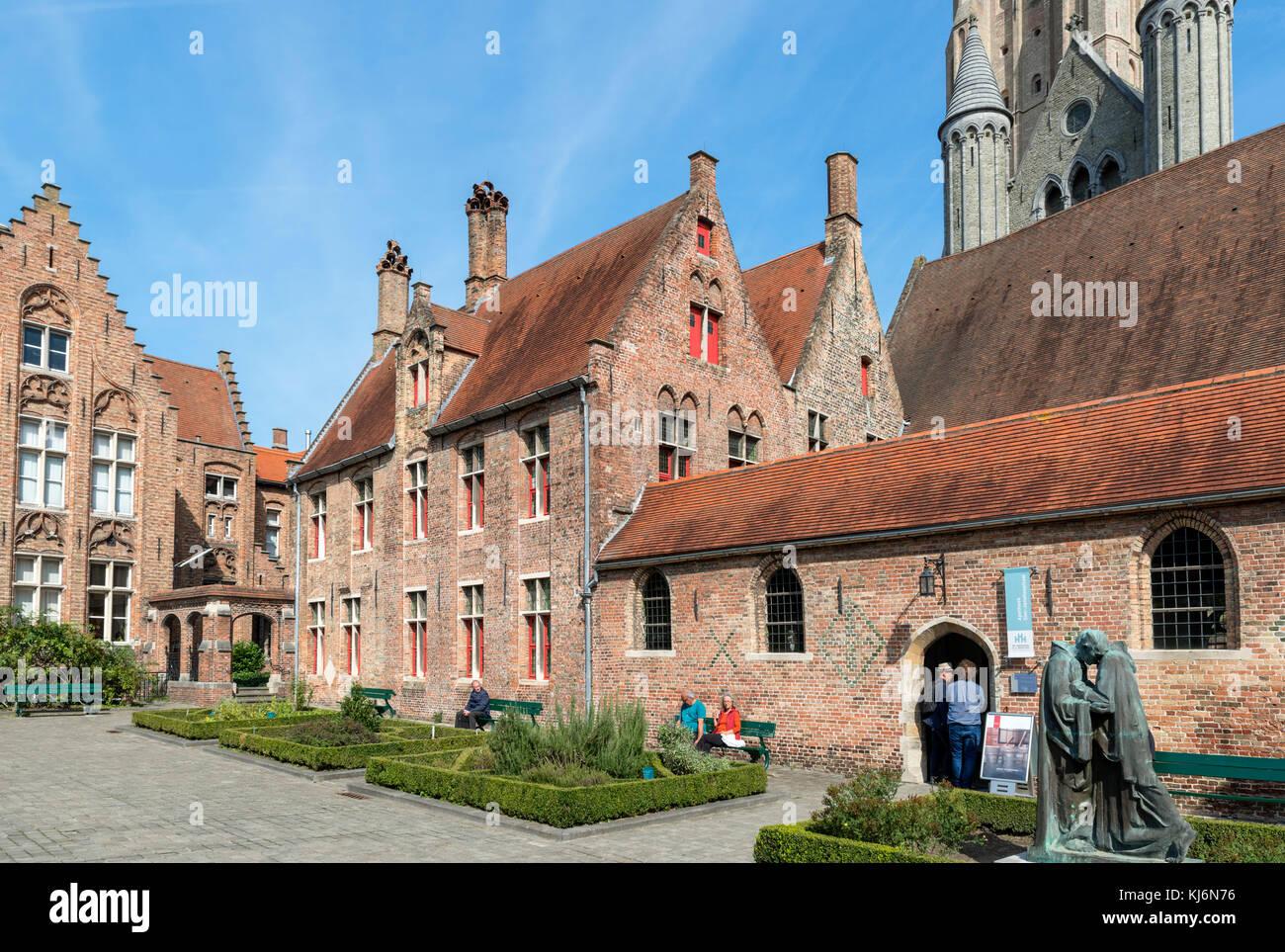 Le vieux St John's Hospital (Oud Sint-Janshospitaal), Bruges (Brugge), Belgique Photo Stock