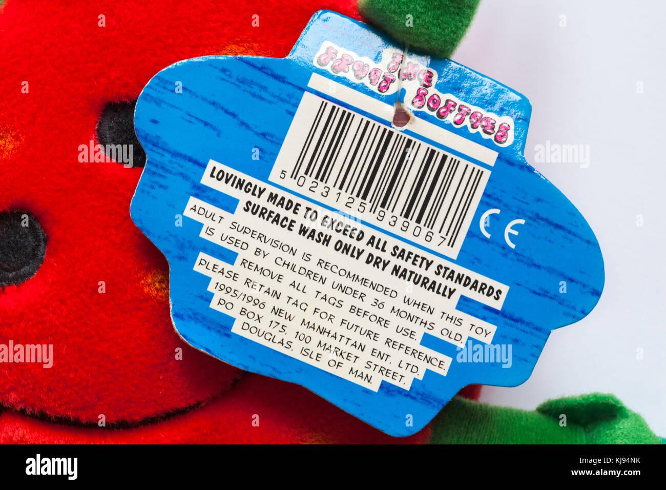 Tag étiquette sur les fruits softies doudou peluche faite avec amour de dépasser toutes les normes de Photo Stock