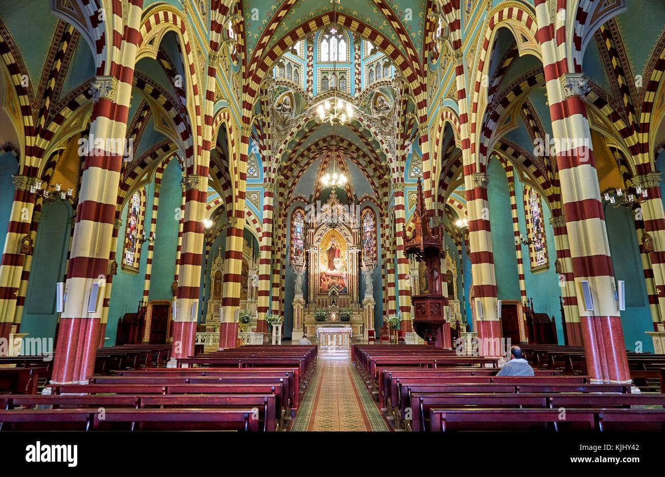 Tourné de l'intérieur de l'église santuario nuestra Señora del Carmen, Bogota, Colombie, Photo Stock