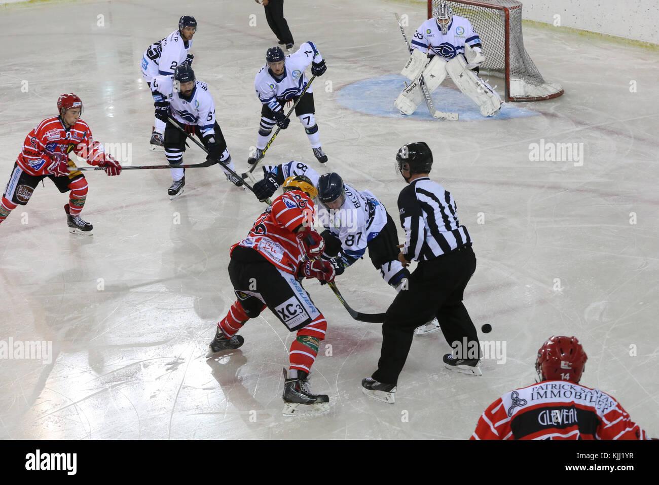Match de hockey sur glace. Mont-Blanc contre Nantes. La France. Photo Stock