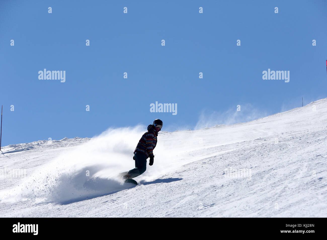 Alpes françaises.Snowboarder France. Photo Stock
