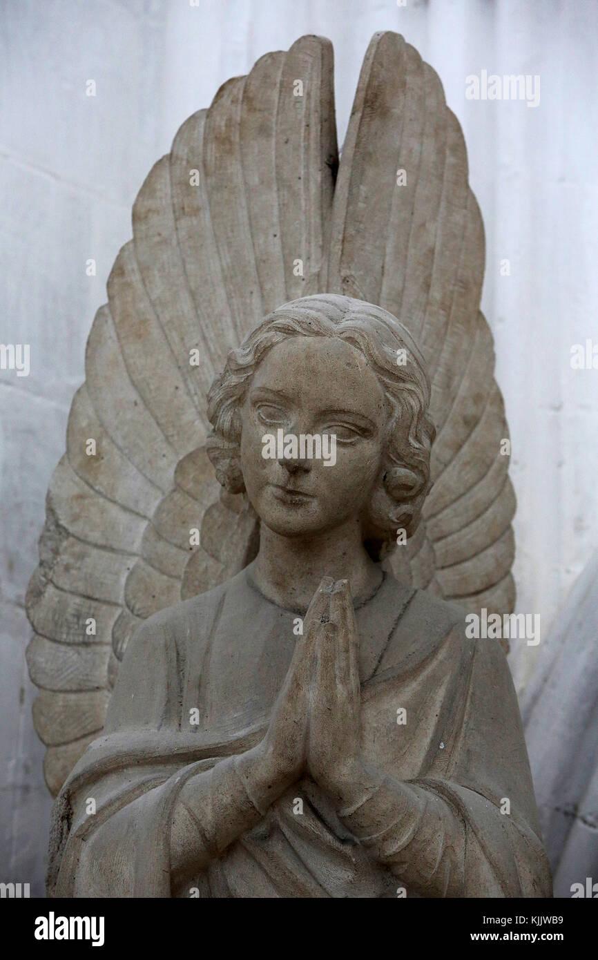 Eglise Notre Dame, Dives-sur-Mer. Statue Angel. Photo Stock