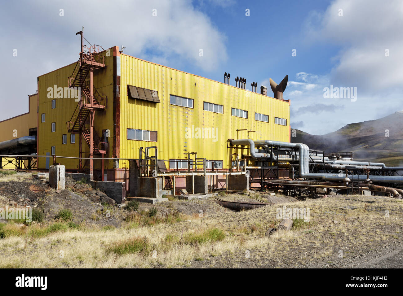 Station de pompage et du séparateur de mutnovskaya geothermal power station (geopp mutnovskaya-1) utilisant Photo Stock