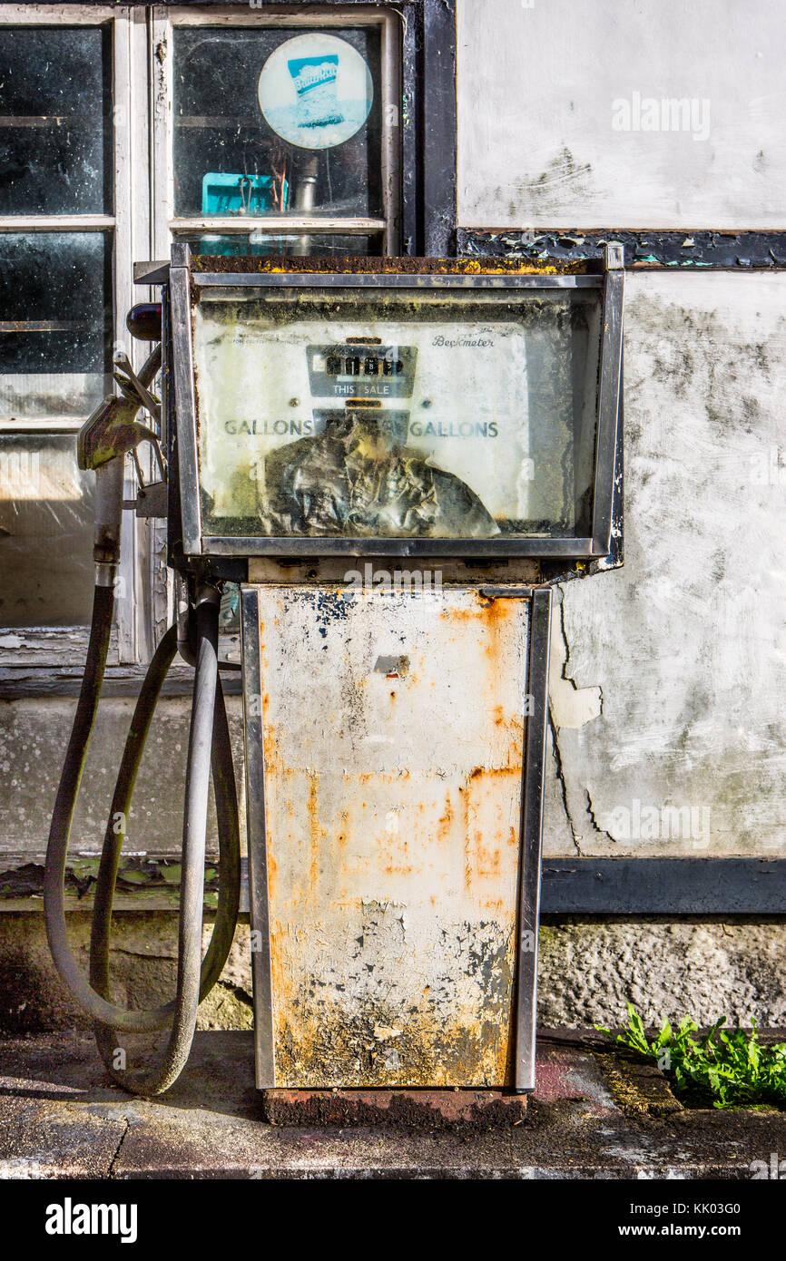 Pompe à essence à l'abandon Photo Stock