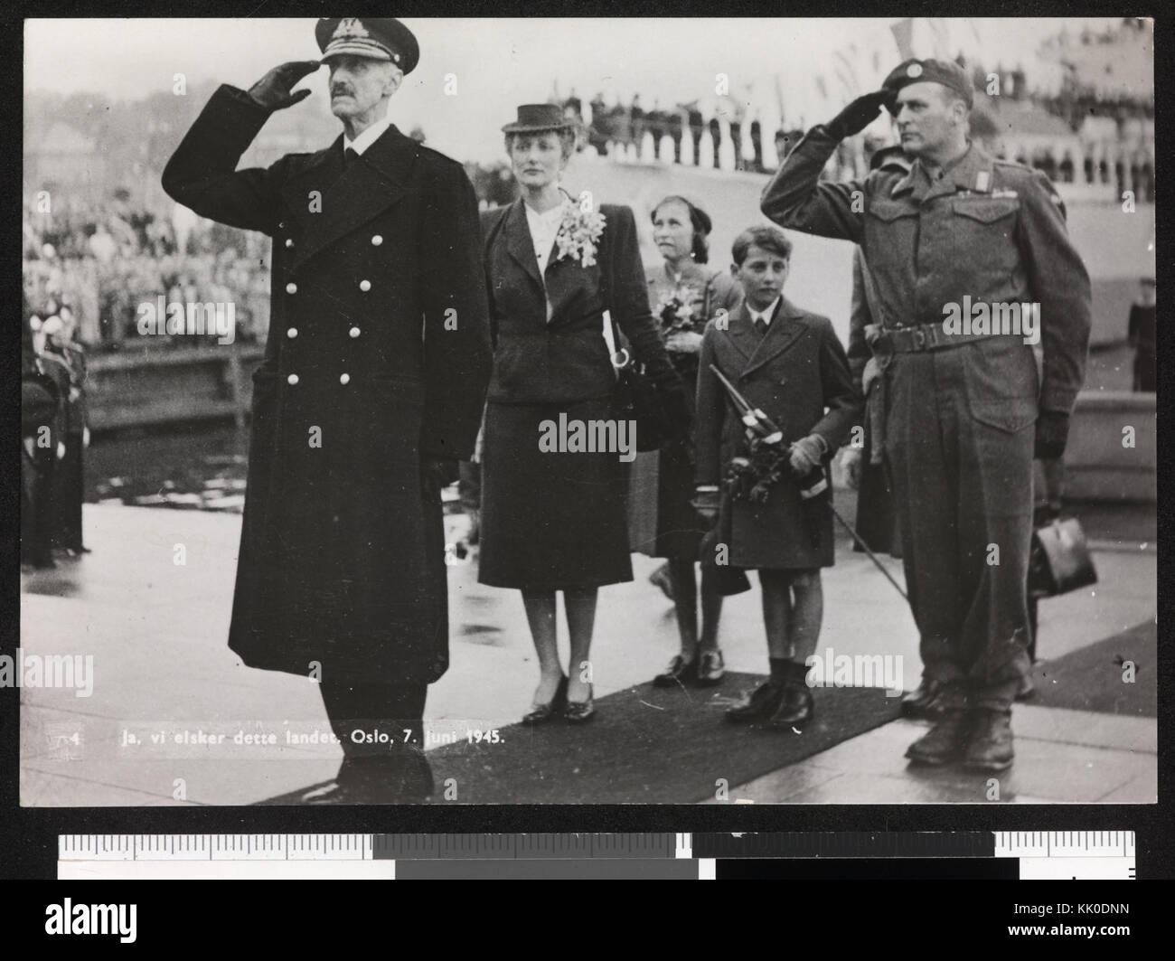 4. Ja, vi elsker dette landet. Oslo, 7. juin 1945 nb digifoto bldsa 2016011800020 kgl pk0079 Photo Stock
