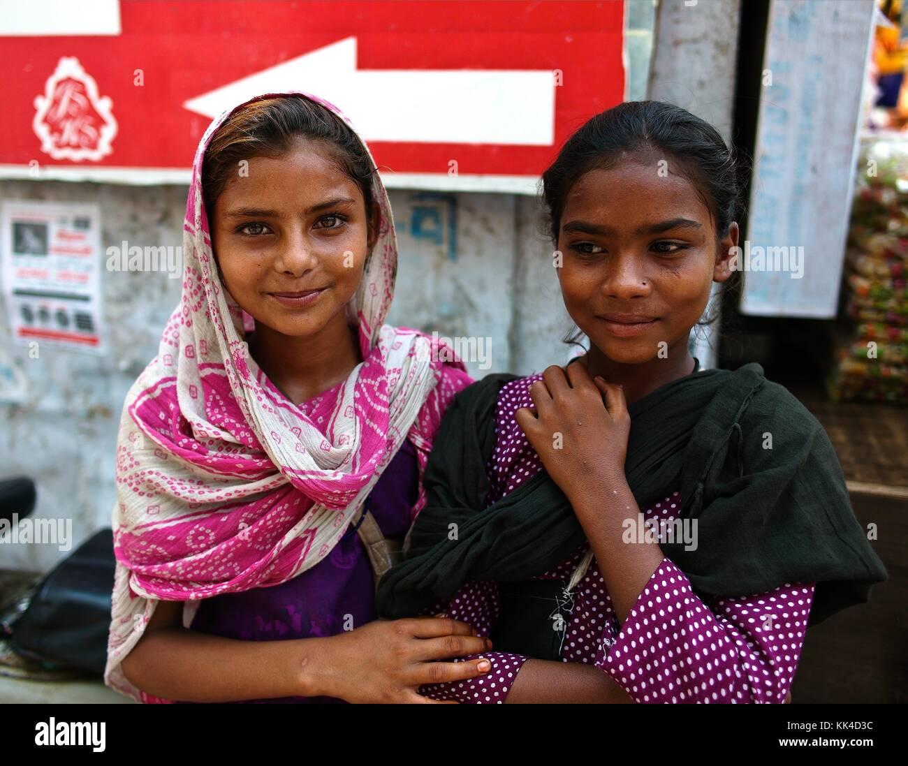 Regard sur les Indiens Temple d'or Amritsar - 01/09/2010 - - jeune mendiant dans une rue d'Amritsar - Sylvain Leser Banque D'Images