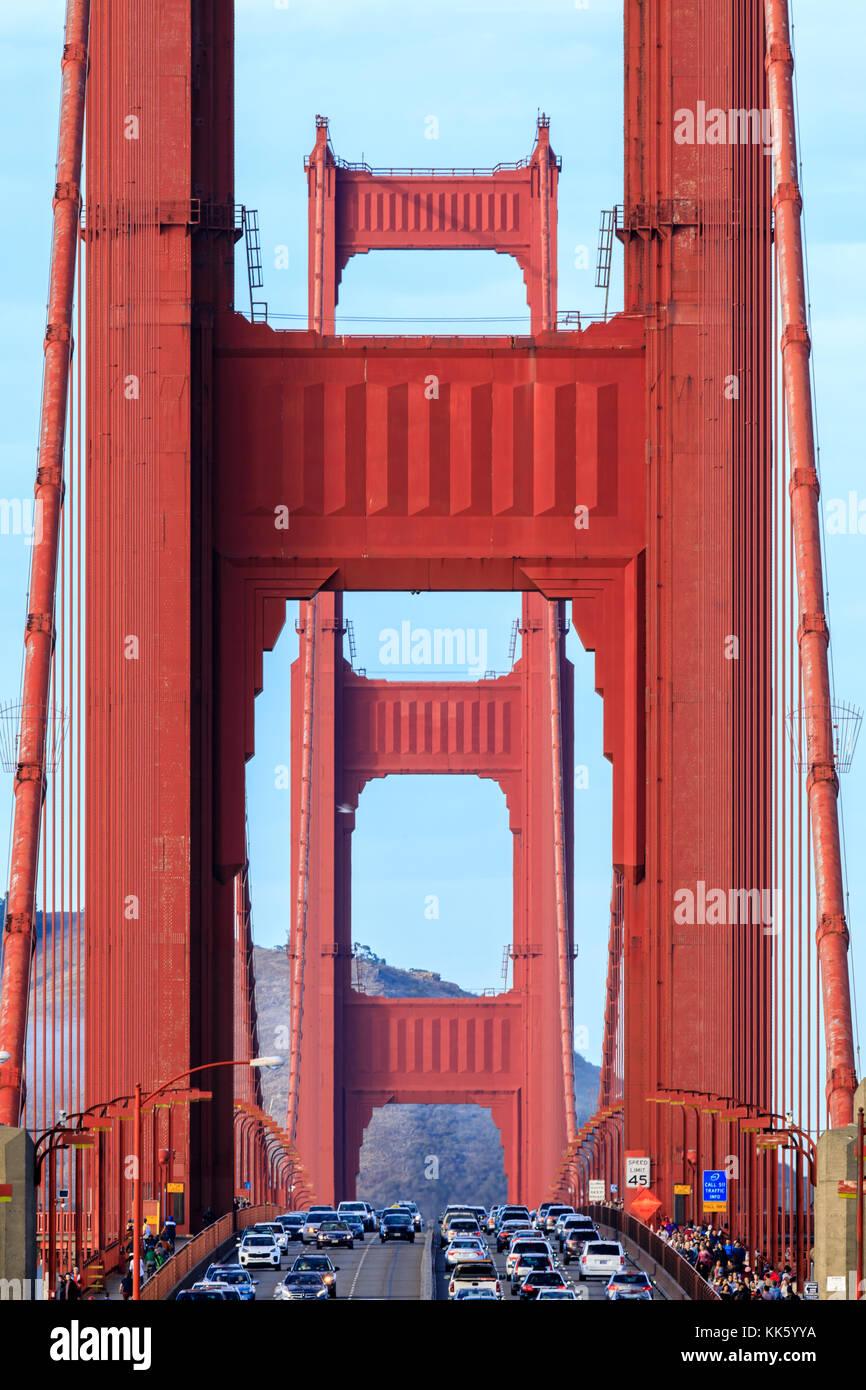 Golden Gate Bridge close-up à la nord. Photo Stock