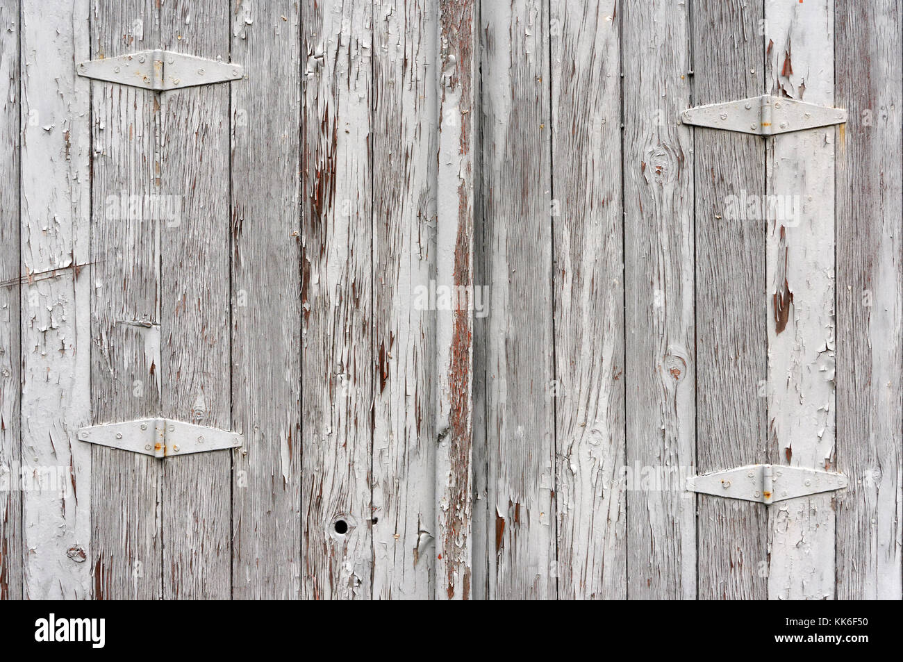 Peinture Bois Gris Patiné porte de garage en bois ancien patiné gris avec de la