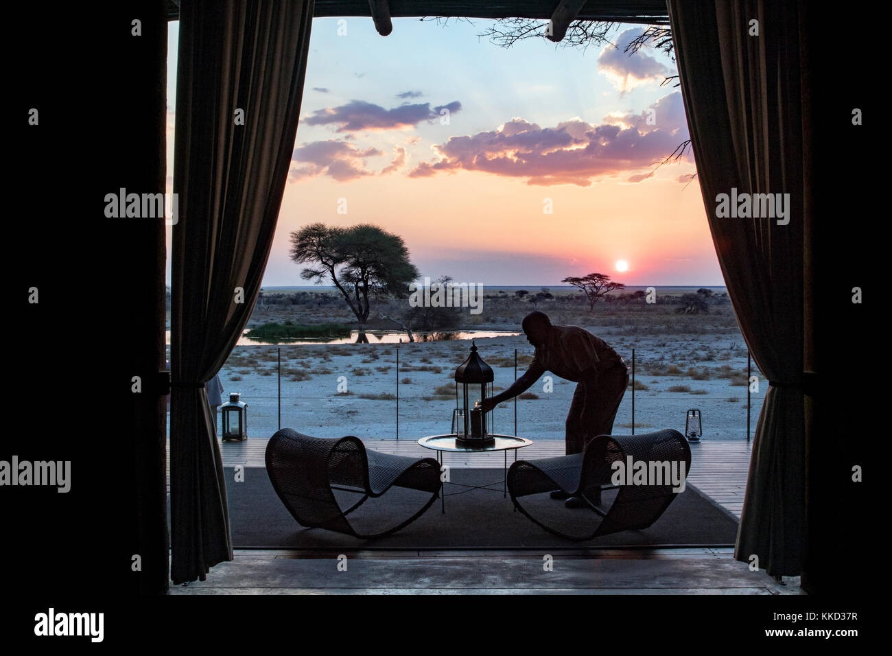 Coucher du soleil à onguma le fort, onguma game reserve, la Namibie, l'Afrique Banque D'Images