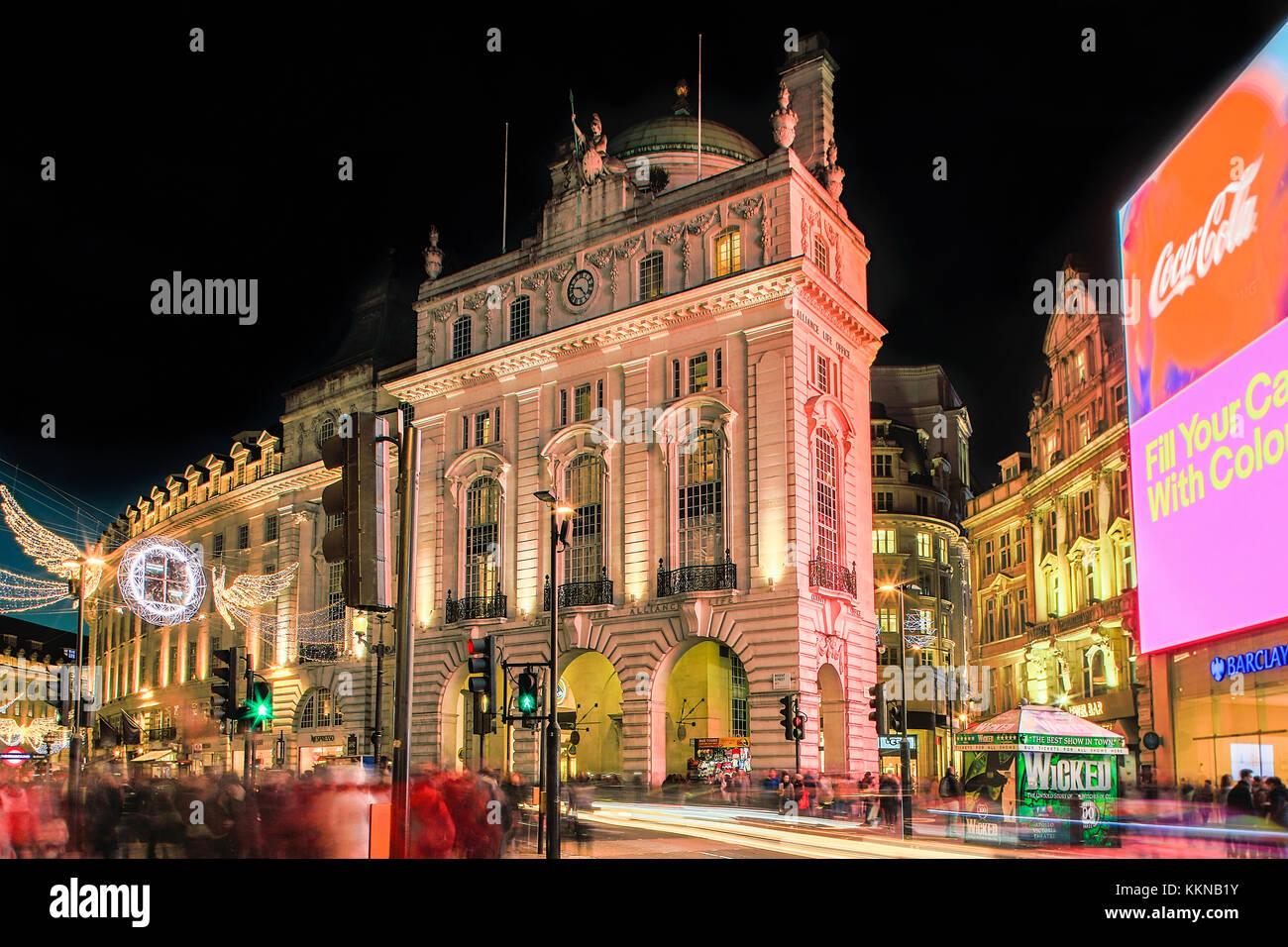 Londres, les lumières de Noël sur Piccadilly Circus et Regent Street Photo Stock