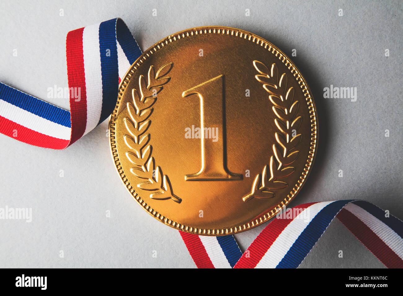 Les gagnants de la première place d'or Médaille. succès réalisation concept Photo Stock