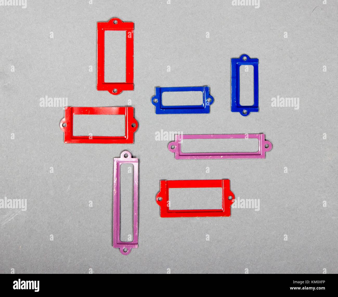 Divers produits métalliques de couleur ou album tags pour les titres Photo Stock