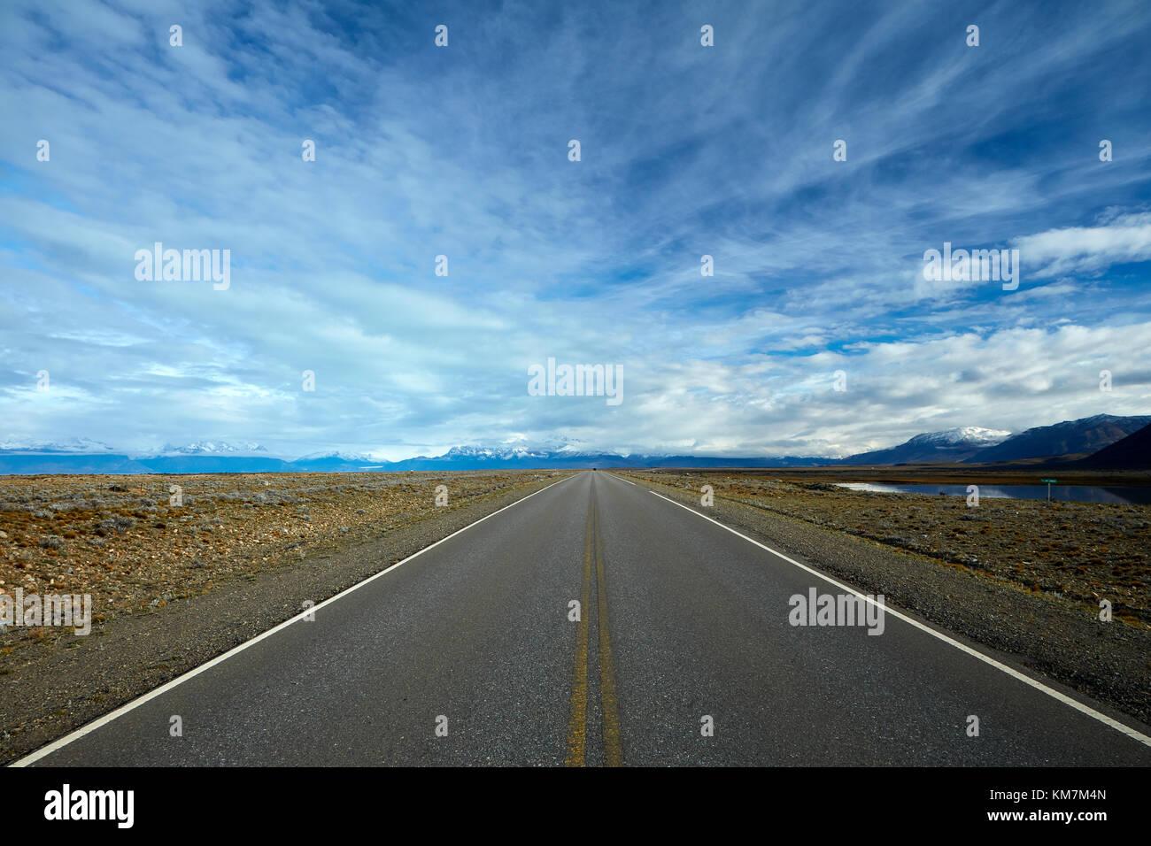 Route de El Calafate à El Chalten, Patagonie, Argentine, Amérique du Sud Photo Stock