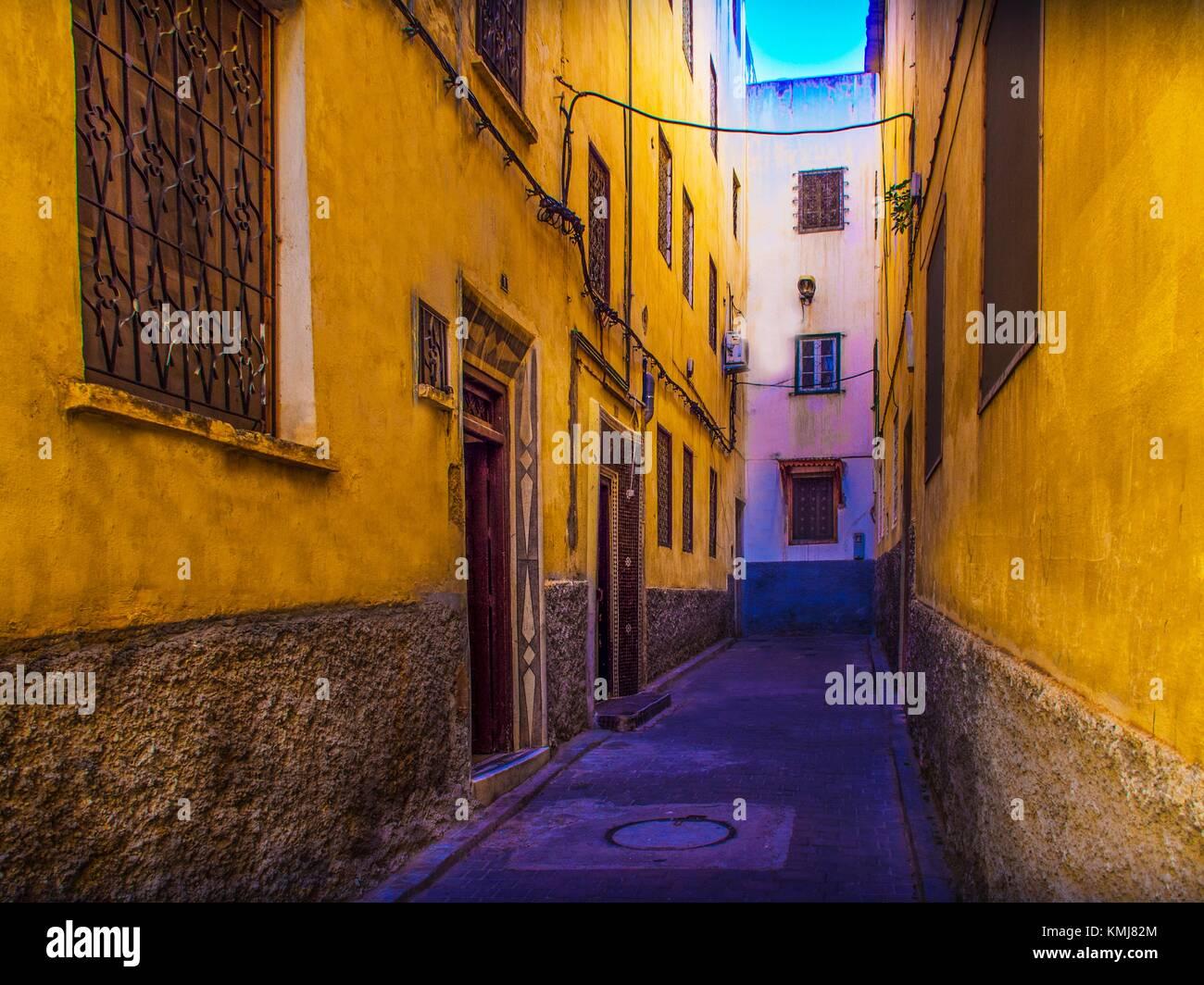 Maroc, Fès, street dans le Quartier Ziat, 'Medina' (partie ancienne) de Fès. Photo Stock