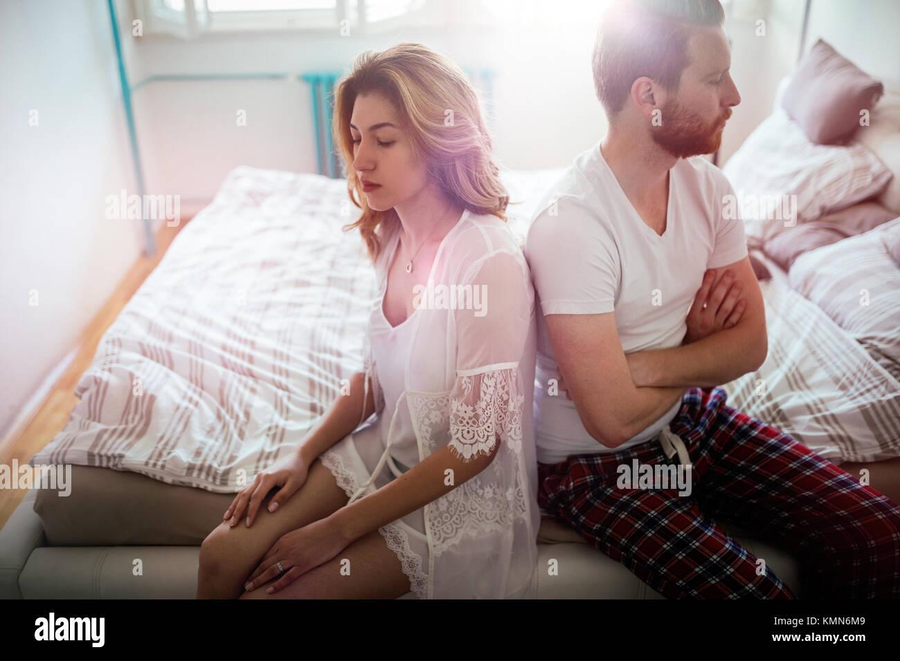 Couple et d'avoir souligné les problèmes de mariage Photo Stock